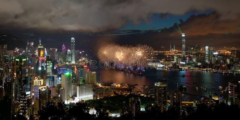 Feuerwerke in Hong Kong für Wiedervereinigungtag 2012 stockbild