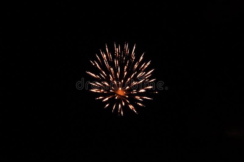 Feuerwerke nachts in Cebu stockbild