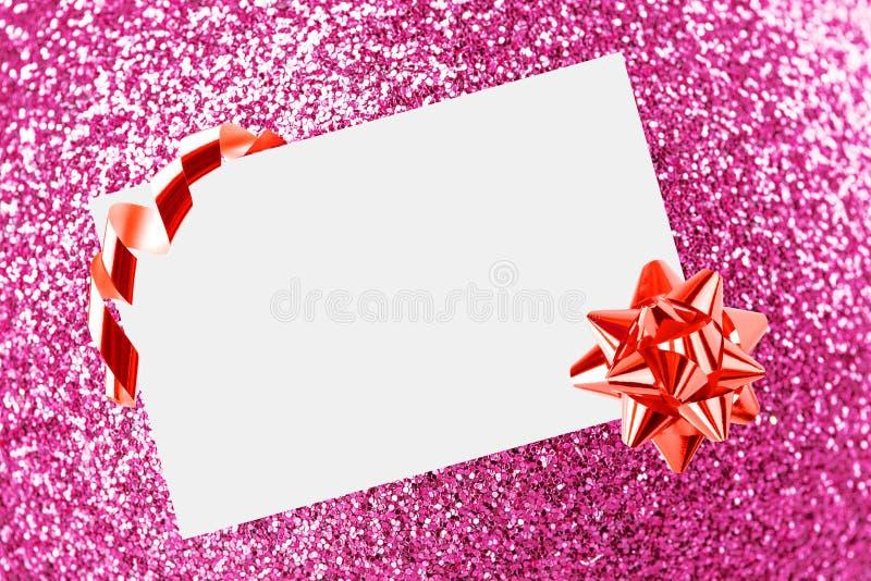 Feuille de Noël de papier avec la proue et les bandes photographie stock