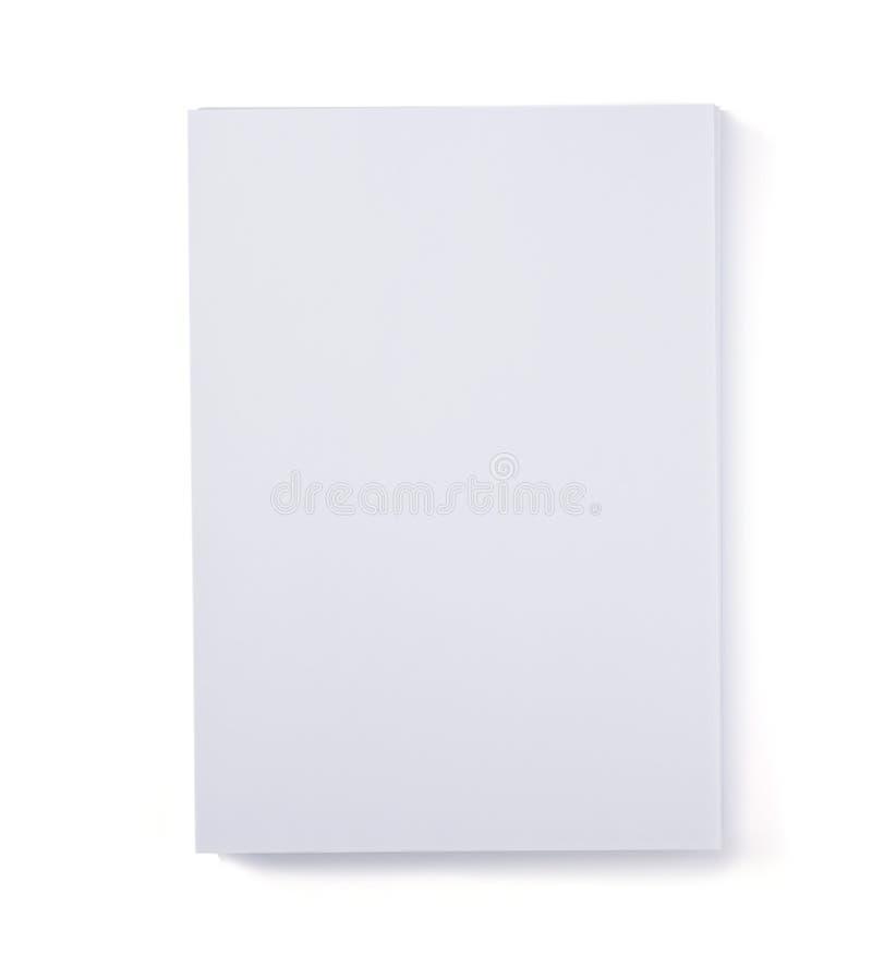 Feuille de papier d'isolement sur le blanc images stock