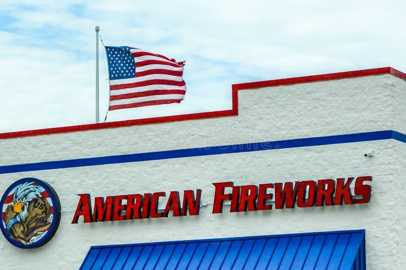 Feux d'artifice américains en Genoa City, le Wisconsin photographie stock libre de droits