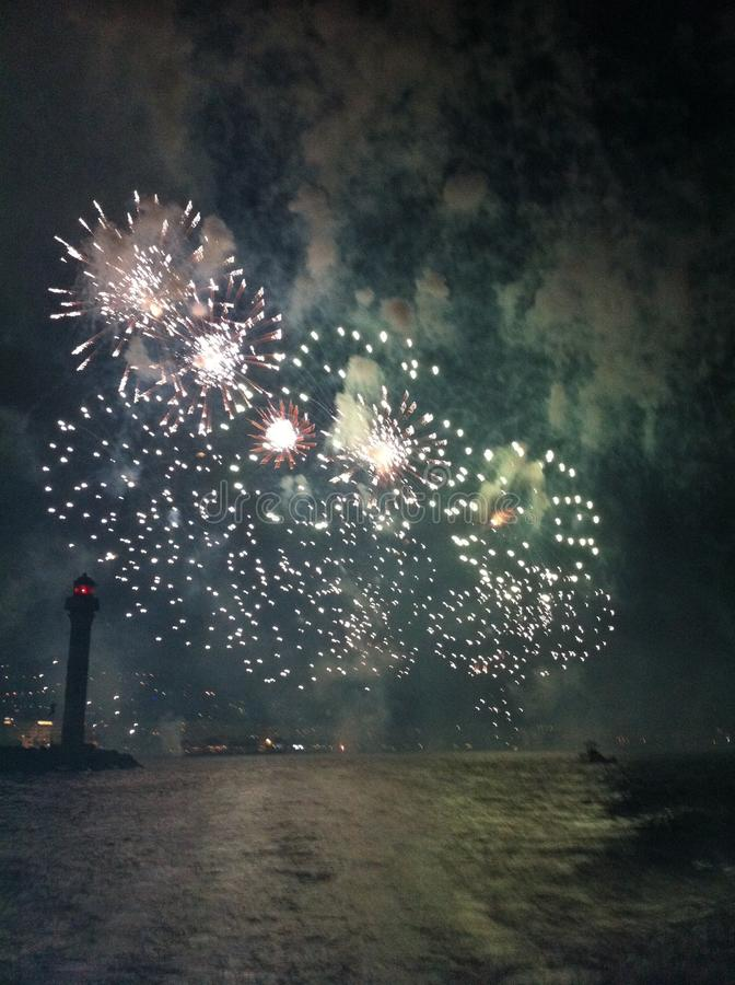 Feux d'artifice de Cannes images libres de droits