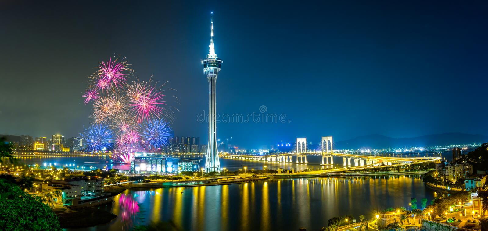 Feux d'artifice du Macao photos stock