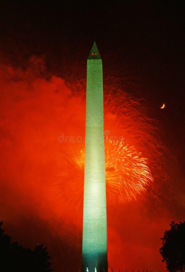 Feux d'artifice et Washington Monument, 4ème de juillet photographie stock