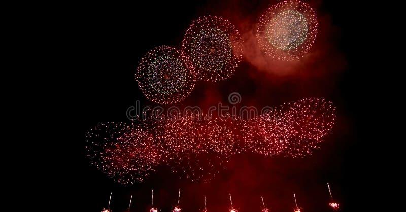 Feux d'artifice, salut R?sum?, explosion photo stock