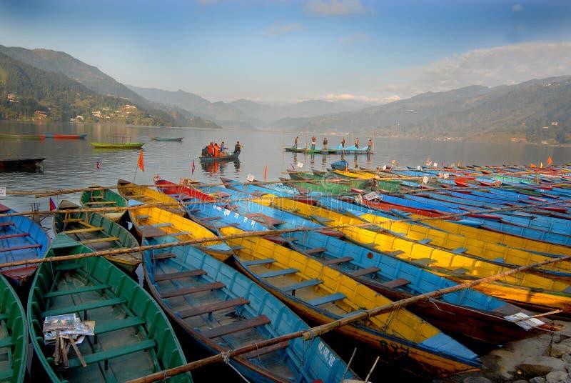 fewa湖尼泊尔pokhra 免版税图库摄影