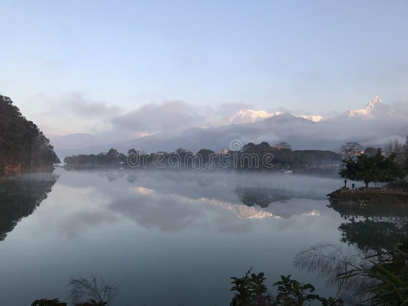 Fewa sjö royaltyfri fotografi