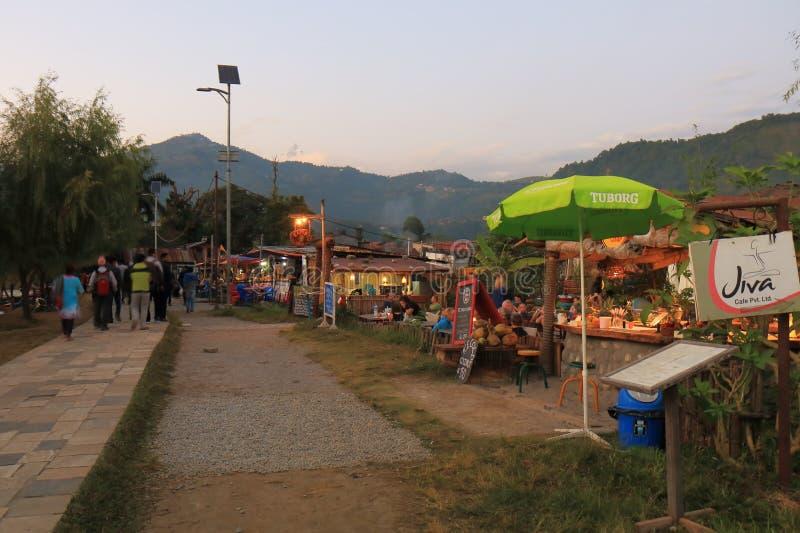 Fhewa restauraci jeziorny krajobraz Pokhara Nepal fotografia stock