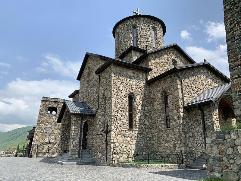 Fiagdon,俄罗斯,北奥塞梯共和国 Khidikus 阿伦dormition男性修道院 母亲的利比亚莫兹多克象的大教堂  免版税库存照片