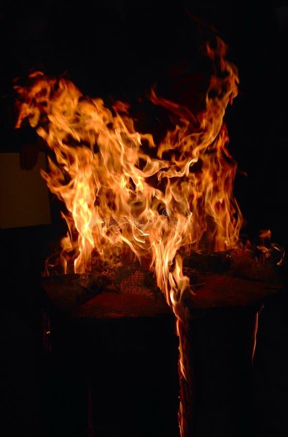 Fiamme, fuoco, calore bruciante, inferno, fondo, struttura fotografia stock