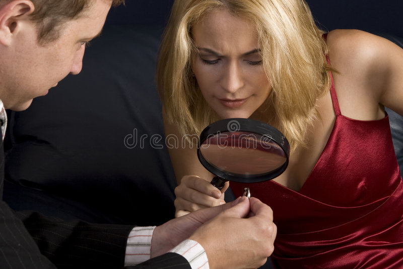 fiance δύσπιστο στοκ φωτογραφίες με δικαίωμα ελεύθερης χρήσης