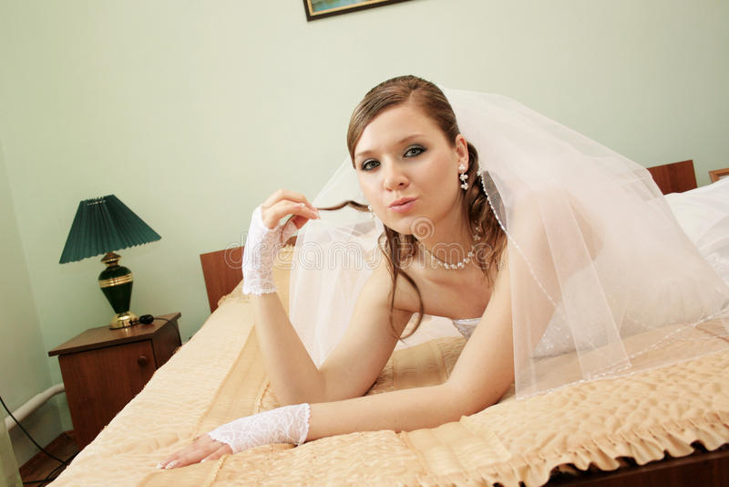 Fiancebröllop royaltyfri foto