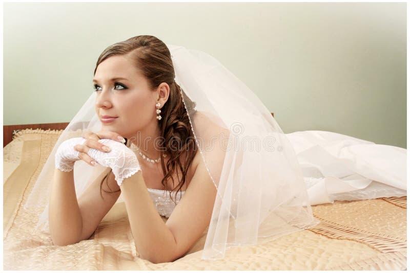Fiancebröllop royaltyfria foton