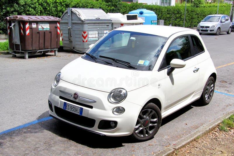 Fiat 500 images libres de droits