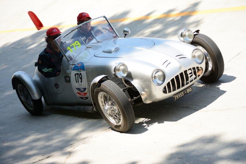 Download Fiat 1949 Bernardini Siluro 1100 Chez Mille Miglia Image stock éditorial - Image du concurrence, freins: 76082489