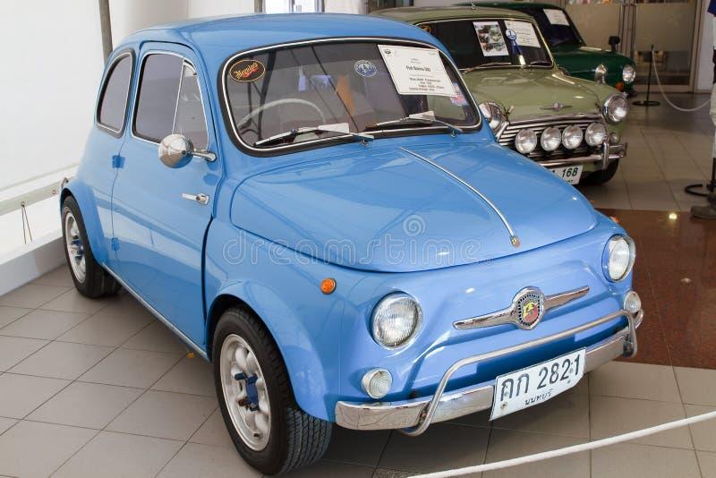 Download Fiat Nuova 500, Carros Do Vintage Imagem de Stock Editorial - Imagem de classical, automóvel: 26519249