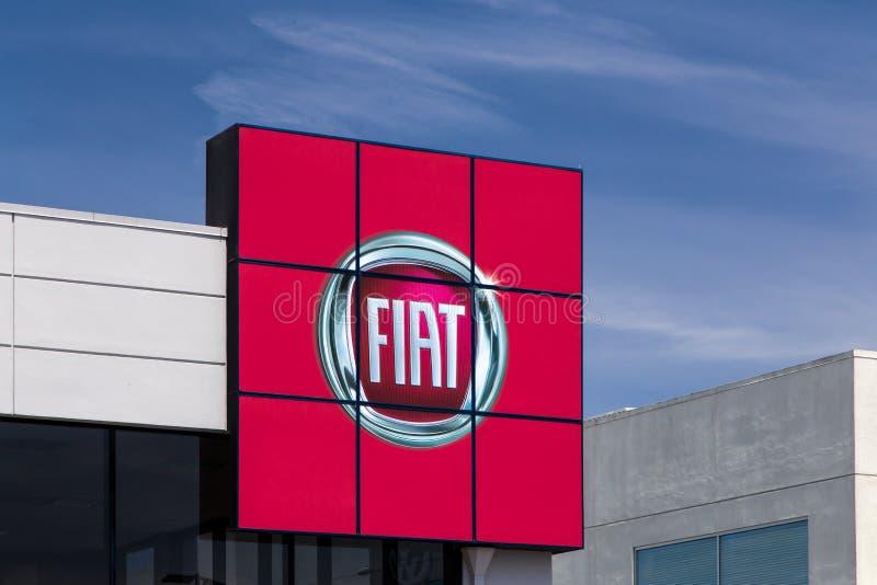 Fiats-Automobil-Verkaufsstelle-Zeichen lizenzfreie stockfotografie
