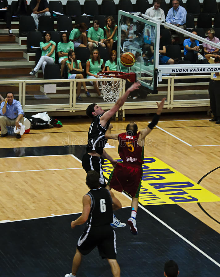 Download FIBA Trentino Cup: Portugal Vs New Zealand Editorial Photo - Image: 10333626