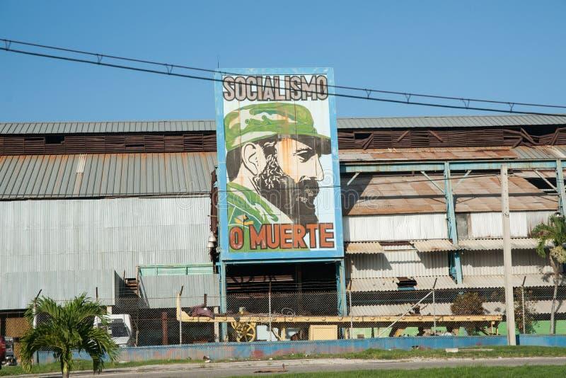 Fidel- Castroanschlagtafel. stockbilder