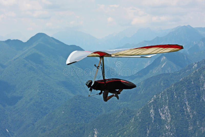 Download Fiesh Open-2011 Hang Gliding Competitions Editorial Stock Photo - Image of glide, activity: 20439398