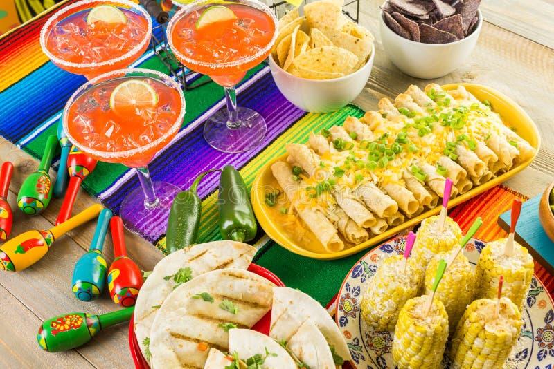 Fiesta bufeta stół zdjęcia royalty free