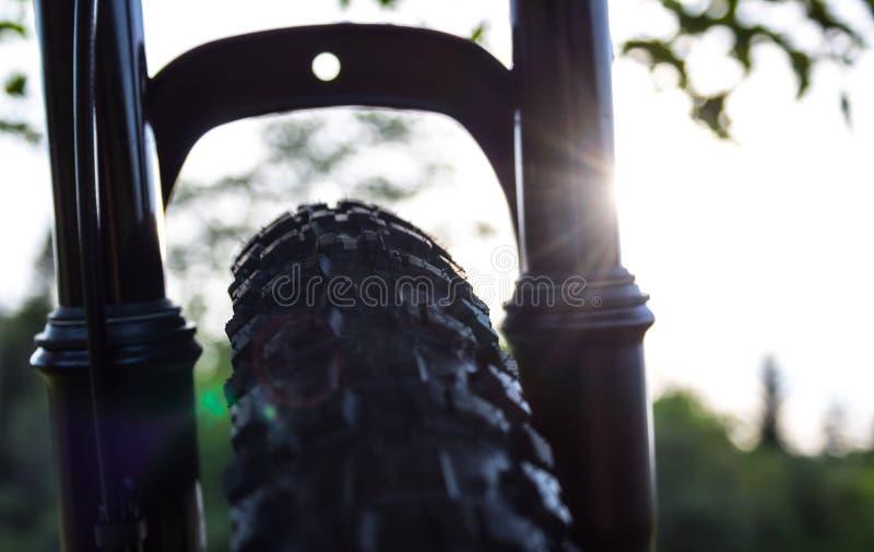 Fietsband en Front Fork stock afbeeldingen