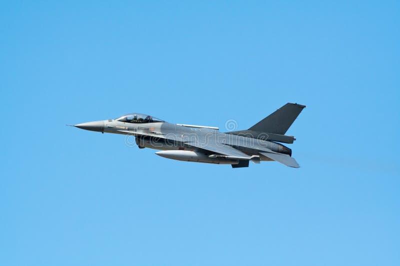 Fighterjet F-16 imagem de stock royalty free