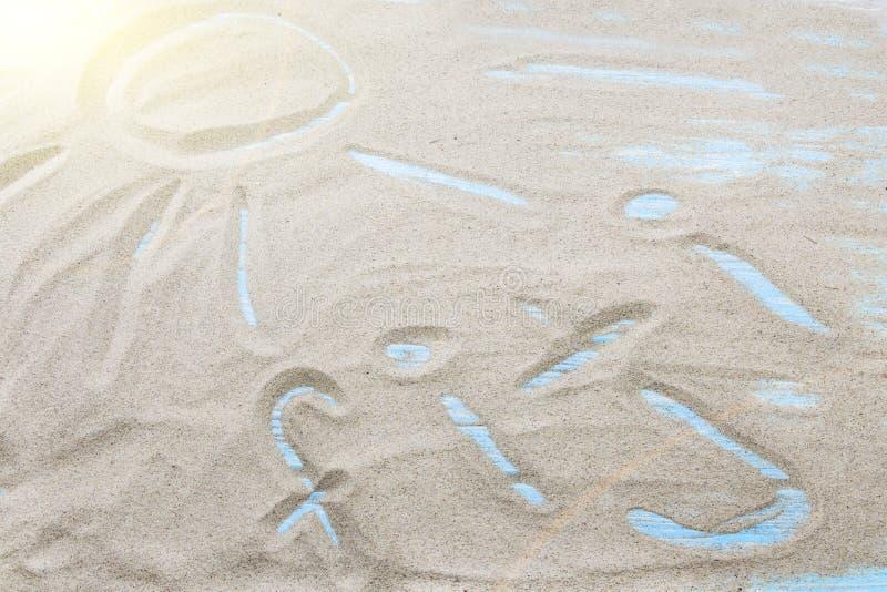 Figi scritte a mano in sabbia per naturale, il simbolo, il turismo o le progettazioni concettuali immagini stock libere da diritti