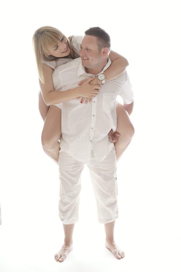 Figlarnie roześmiana romantyczna para obraz stock