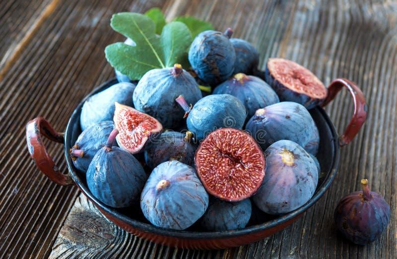 Figos orgânicos frescos foto de stock royalty free