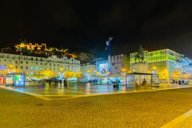 Figueira摆正,与圣诞节装饰,在里斯本 免版税库存照片