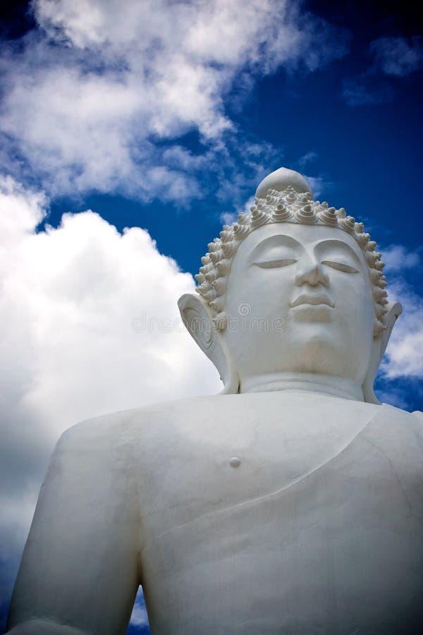 Download Figura De Buddha Que Se Sienta Foto de archivo - Imagen de nube, blanco: 42429666