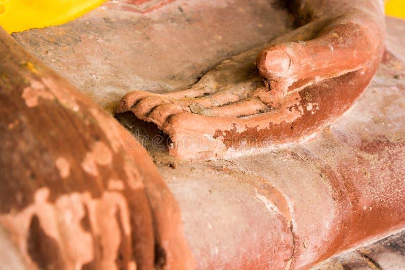Download Figura De Buddha Que Se Sienta Foto de archivo - Imagen de rezo, laying: 42433962