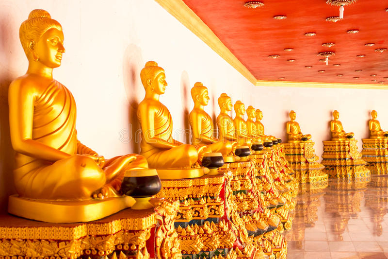 Figura de Buddha que se sienta imágenes de archivo libres de regalías