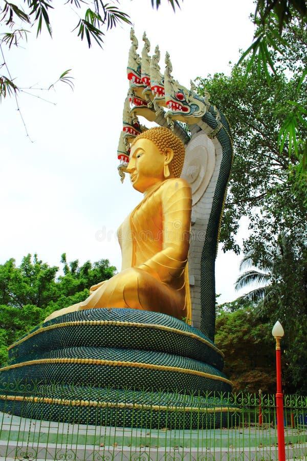 Figura de Buddha que se sienta imagen de archivo libre de regalías