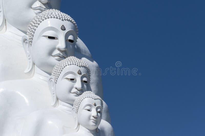 Figura de Buddha que se sienta foto de archivo