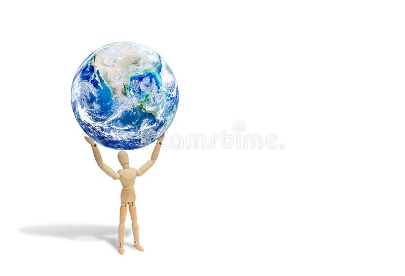 Figura de madeira globo levando da terra do planeta do manequim em cima imagens de stock
