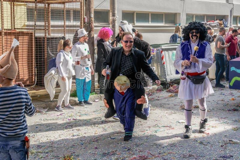 Figura del desfile de carnaval de Xanthi, Grecia de presidente Trump fotografía de archivo libre de regalías