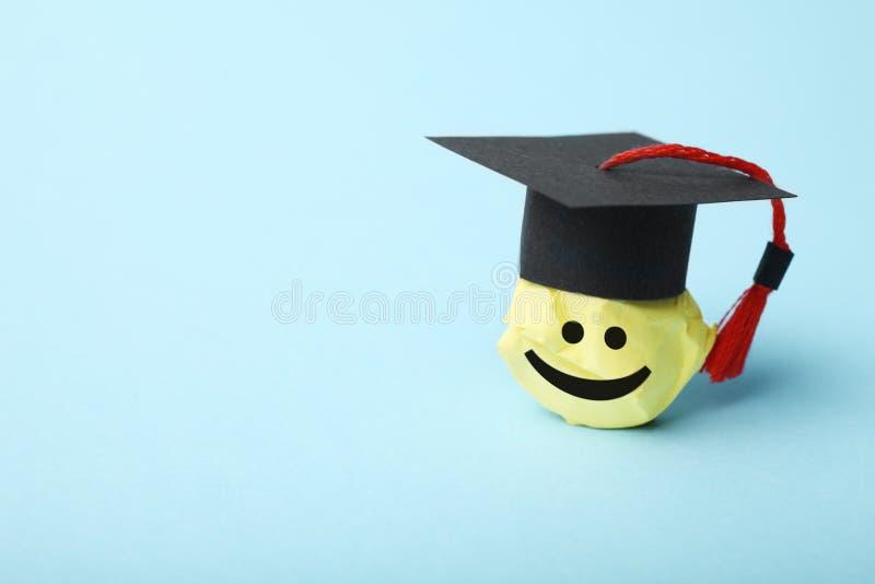 Figura del estudiante, aprendizaje y concepto de la educación imagen de archivo libre de regalías