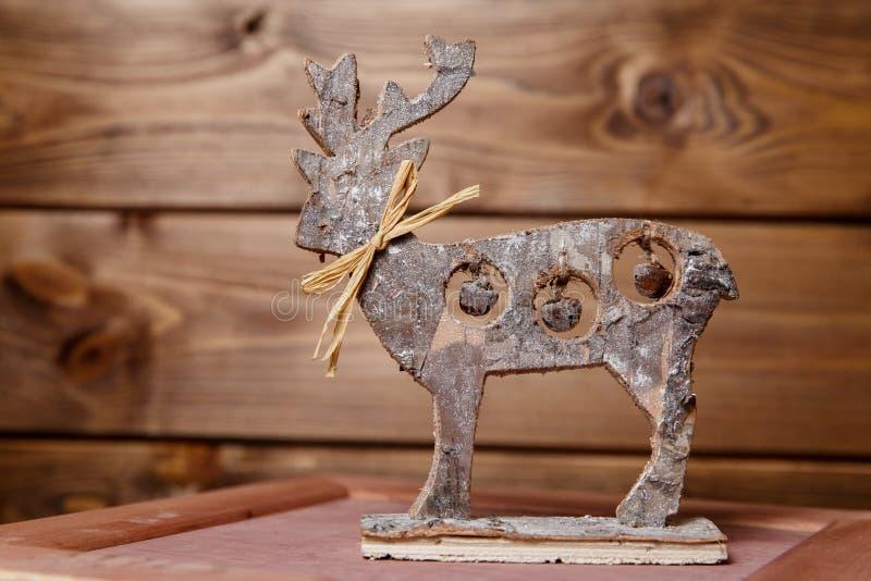 Figura di legno dei cervi fotografie stock libere da diritti