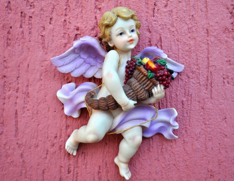 Figura do anjo em um cemitério mexicano fotografia de stock