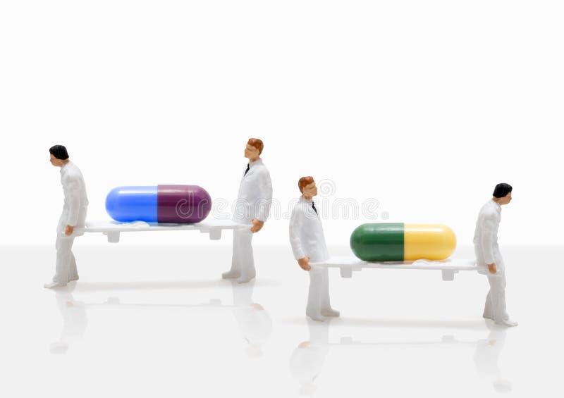 Figura miniatura emergencia de la enfermera de sexo masculino de la salud del concepto fotografía de archivo libre de regalías