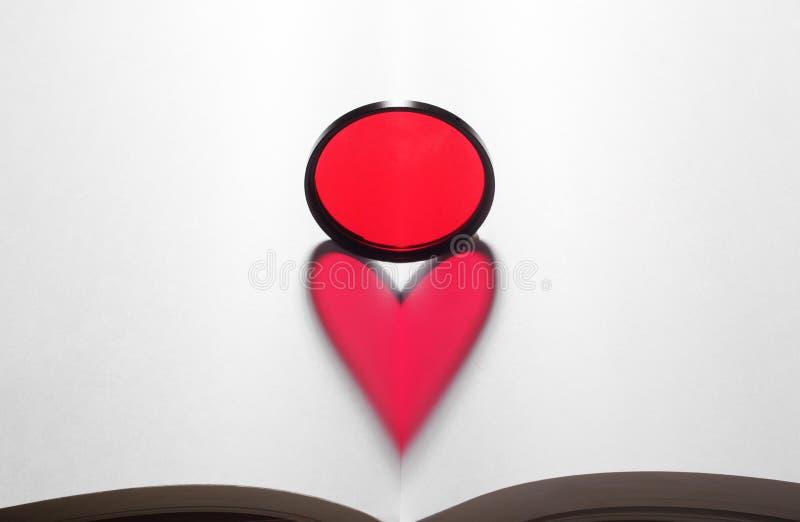 Figura rossa del cuore fotografia stock libera da diritti