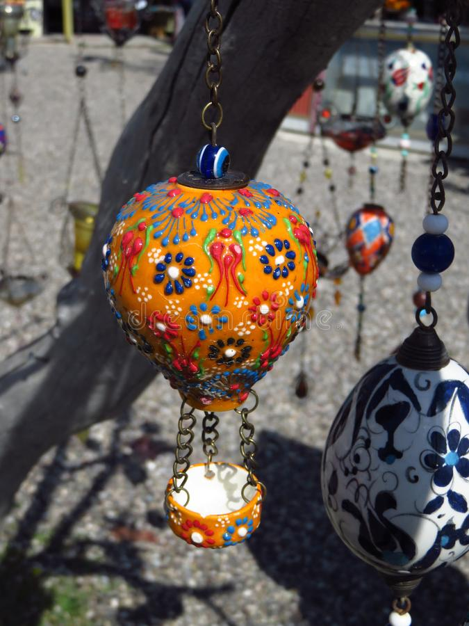 Figura turca alaranjada do balão de ar quente do estilo do otomano de Cappadocia imagens de stock