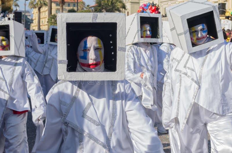 Figurants del vagone - la teoria del Kaos-, carnevale di Viareggio, Toscana, Italy-1 immagine stock