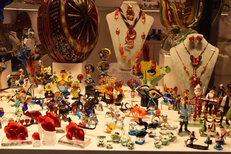 Figuras de vidro de Murano em Veneza fotografia de stock