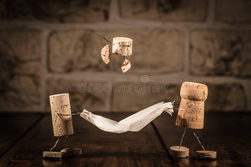 Figuras del corcho del vino, familia divertida del concepto imagen de archivo