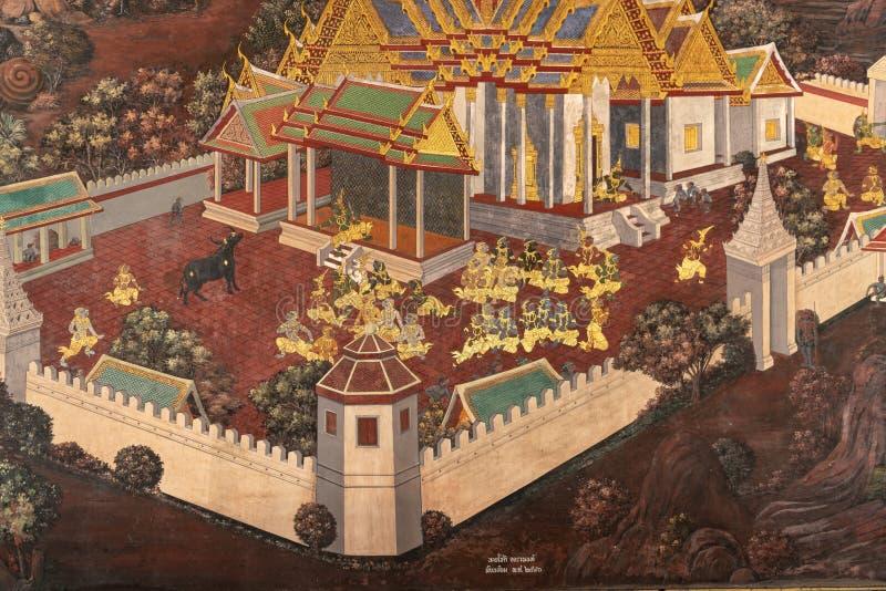 Figuras del patio en los murales de Wat Phra Kaew imagen de archivo libre de regalías