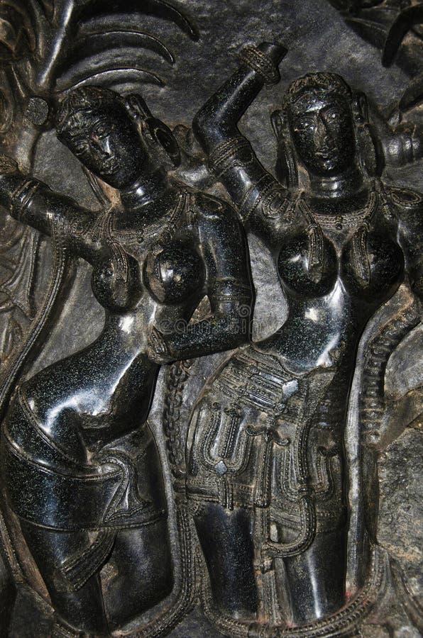 Figuras talladas, templo de Ramappa, Warangal, estado de Telangana de la India imagenes de archivo