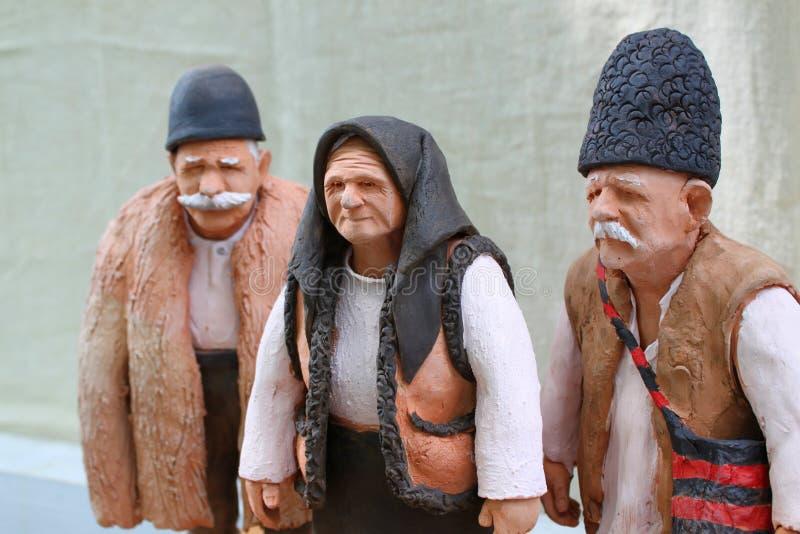Figuras velhas da argila